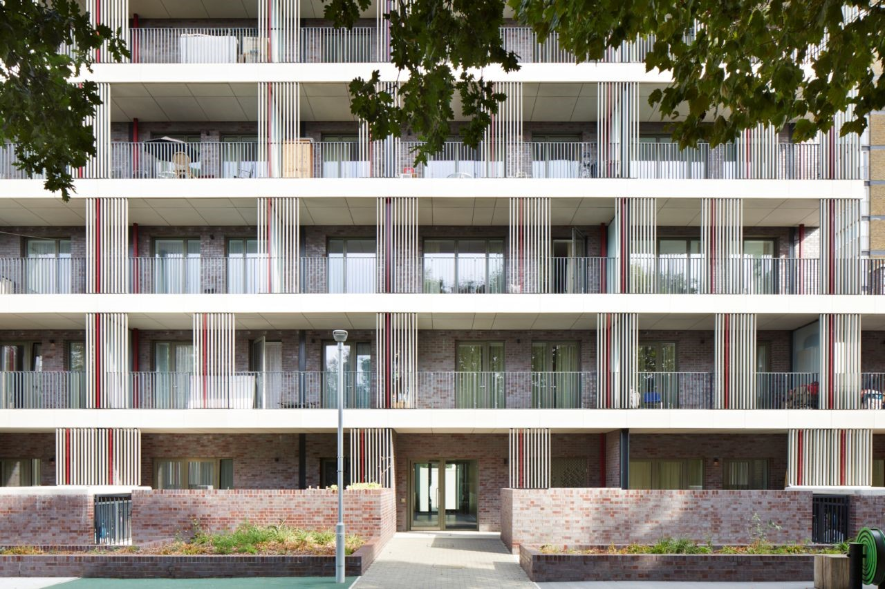Schöck Isokorb for largest UK Passivhaus development