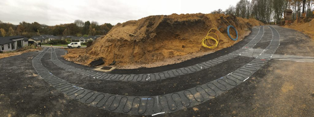 Bespoke heat mats for long access road at Priory Park