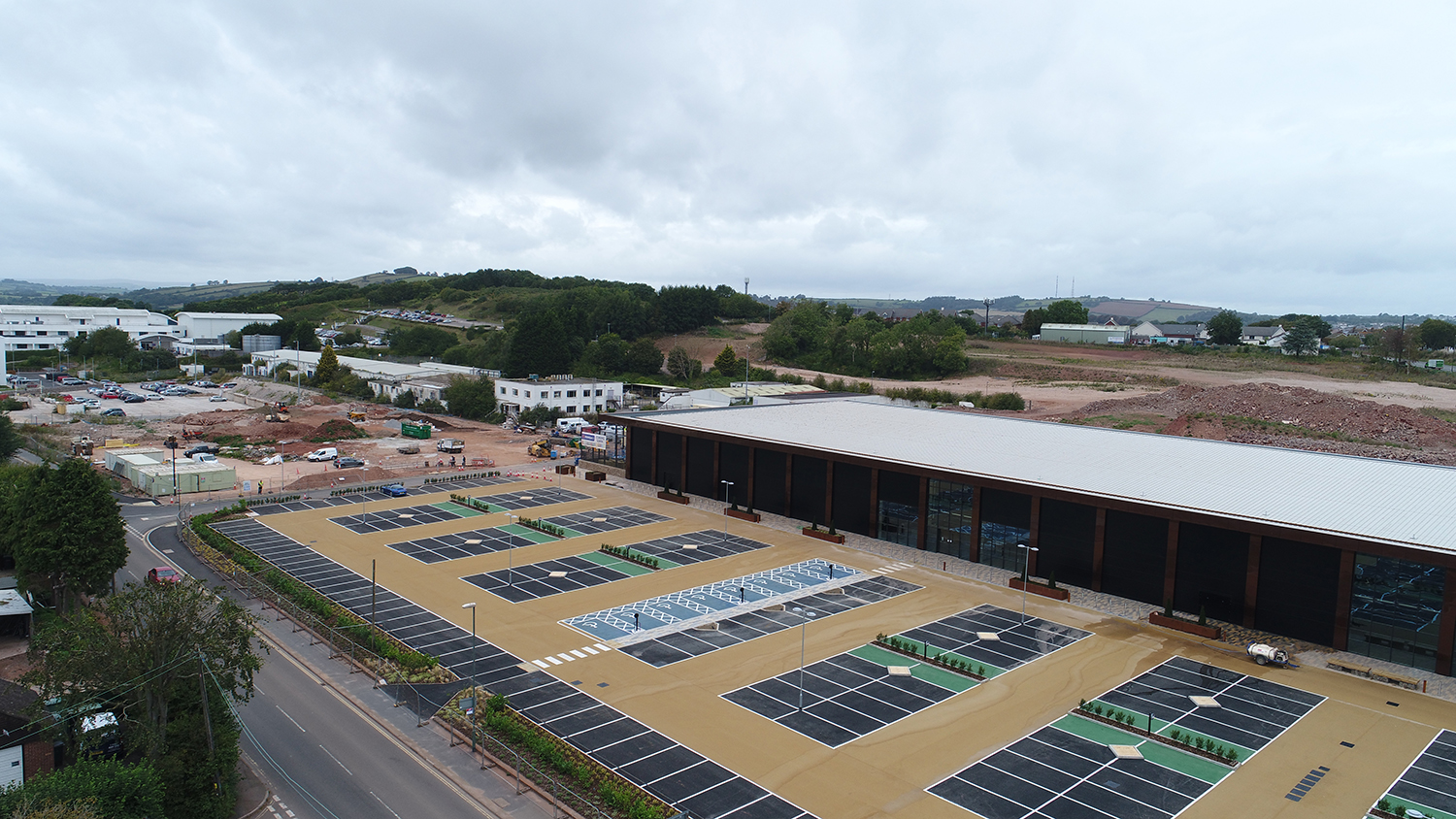 Aggregate Industries adds a touch of green to Devonshire Retail Park