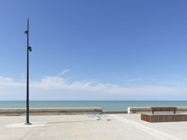 Stylish new lighting for the waterfront of Tréport in France